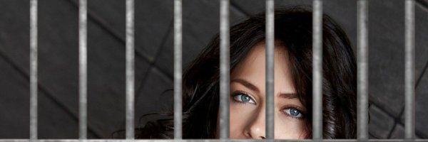 Настасью Самбурскую одолели тюремные привычки