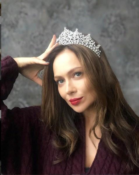 В короне королевы